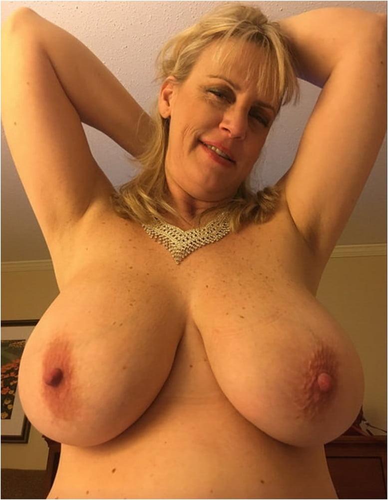 Hot porn video online