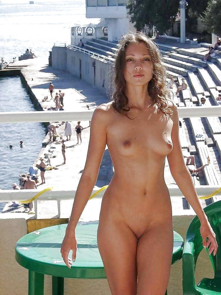 Attractive Cruise Nude Wife Pictures Png