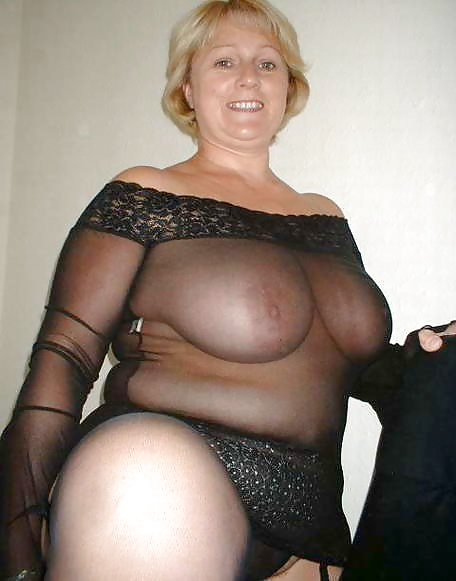 Порно фото полненькие зрелые прозрачное платьице — pic 2