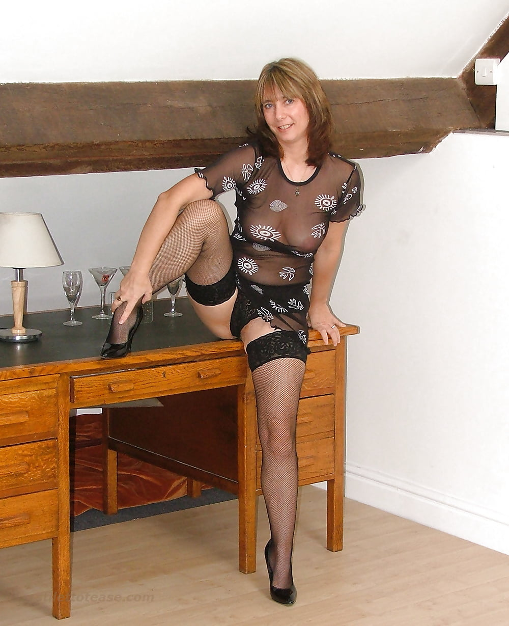 Mature wives in stilettos dirty