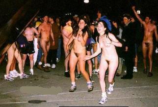 The naked mile run — photo 2