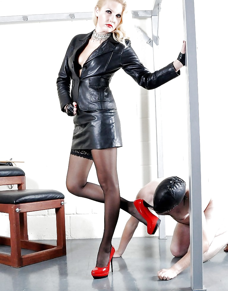 femdom-high-heels-and-leather-best-hot-girl-amature