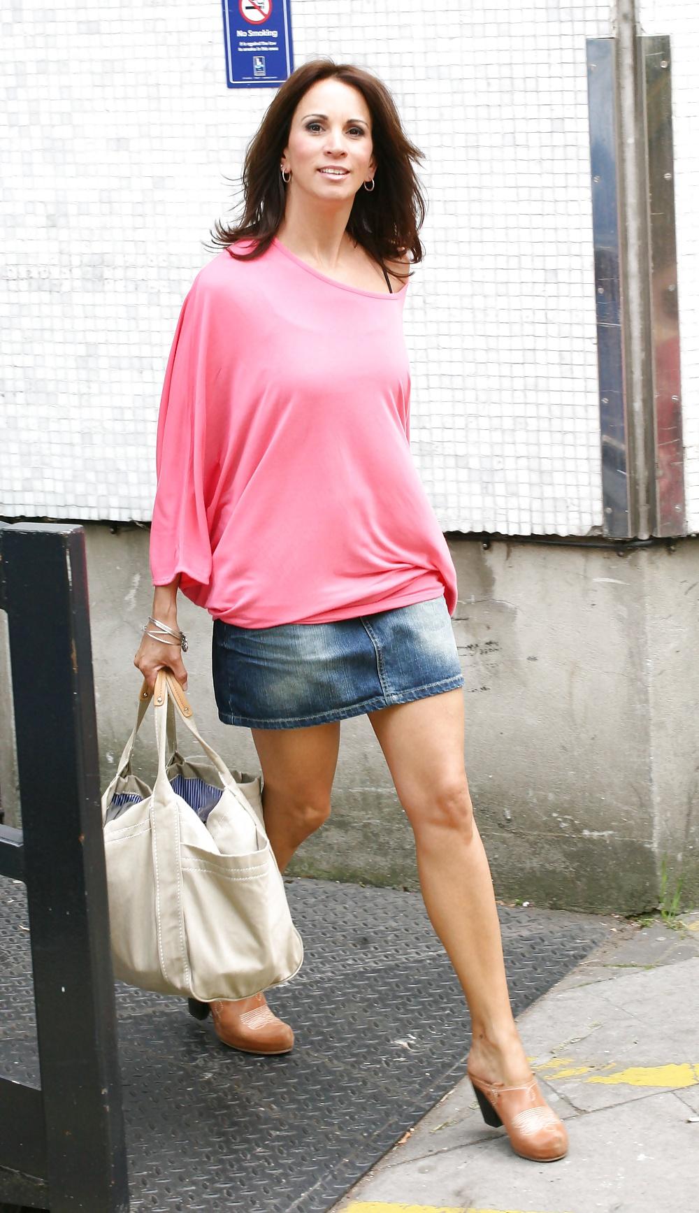 andrea-mclean-mini-skirt