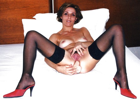 amateur hairy milf mature high heels stockings spread legs