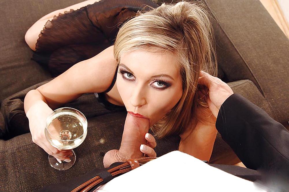 porno-vipili-shampanskoe-kak-pizdi
