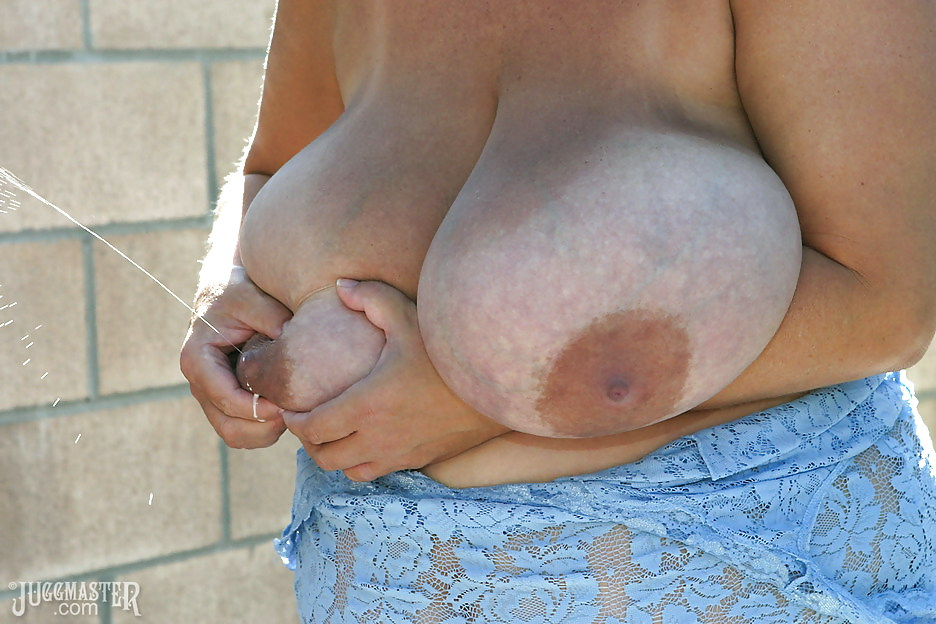 huge-milky-tits-lactating-nude-nude-natural