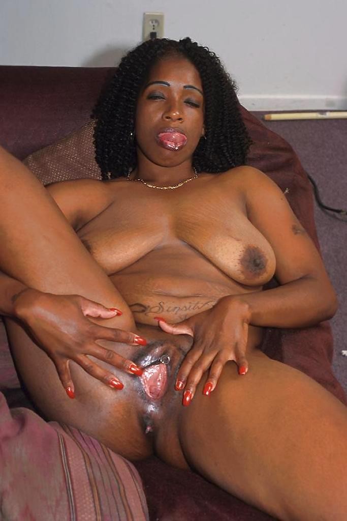 Black mature free porno archive — 5
