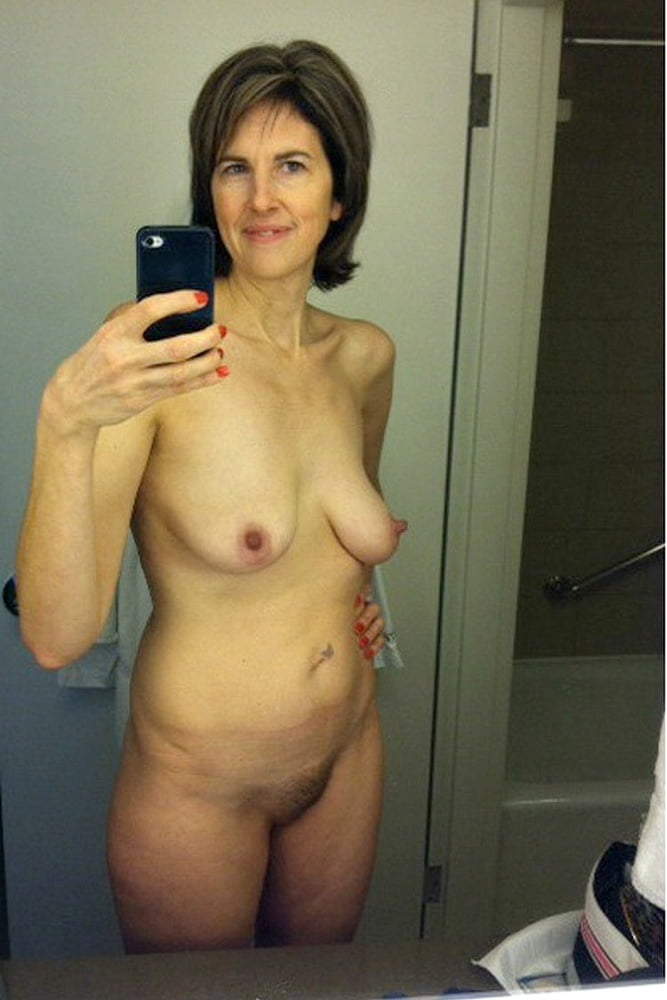 sexy-mature-chicks-nude-self-pics-wild-porn-university