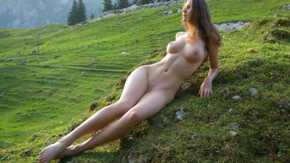 nude amateur girls pictures there