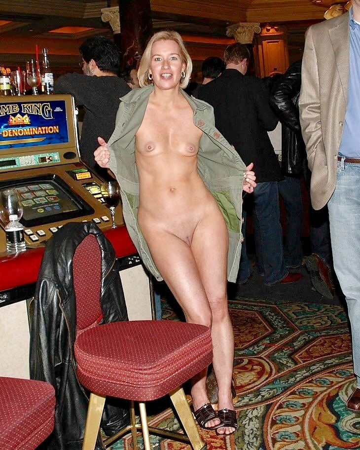 Poker nude in public, penetration testing with backtrack