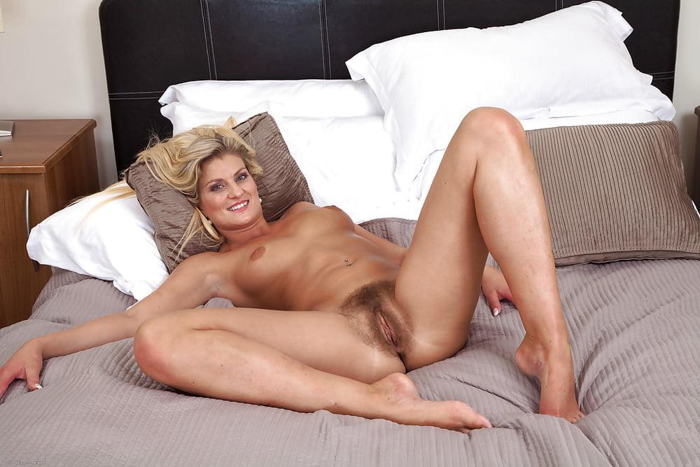 голые сексуальные фото зрелых женщин - 8