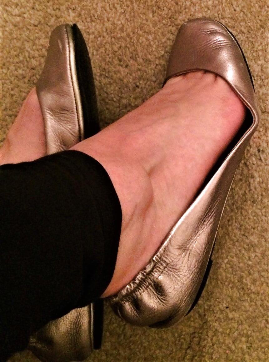 Stacy well worn reebok sneakers sole shoeplay full vid - 5 6