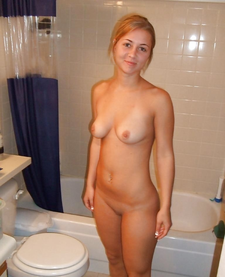 coeds-amature-girls-naked-photos