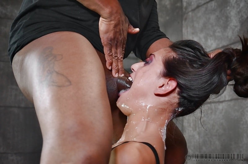 bdsm-video-trah-v-glotku