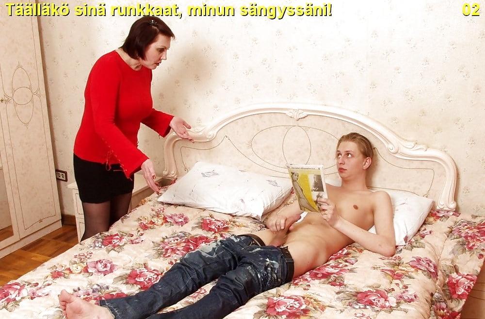 zastali-studentku-za-masturbatsiey-kak-muzhik-trahnul-huduyu-zhenshinu