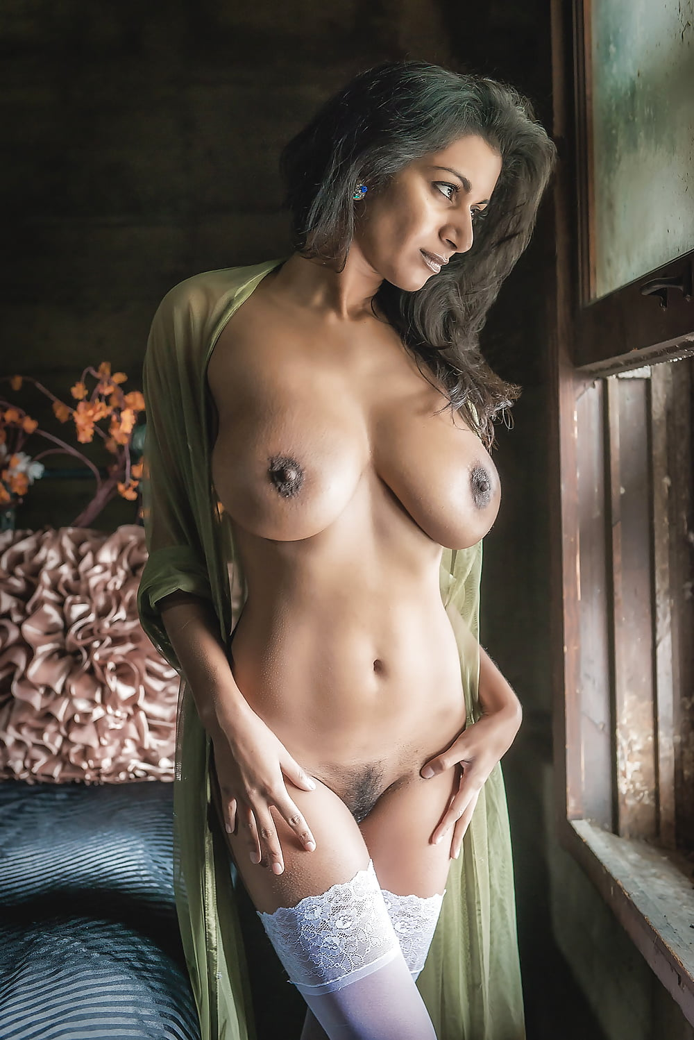 Dev nude pictures, different ways to finger a pussy