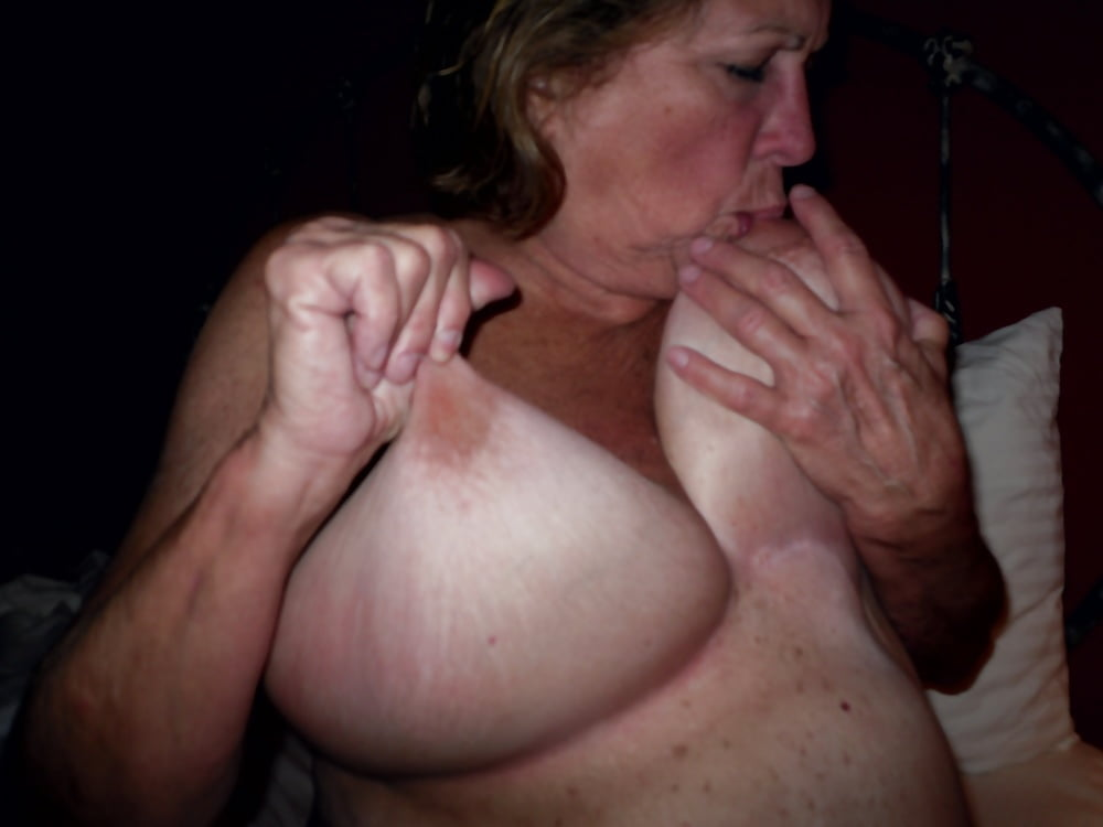 Women sucking there own tits-6054