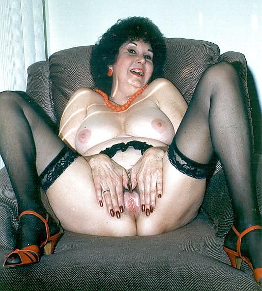 Vintage Granny Orgy Porn Pics