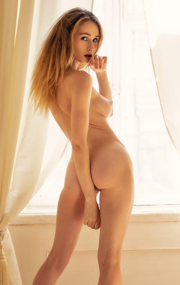 Yana West Nude Ass XTapes 1