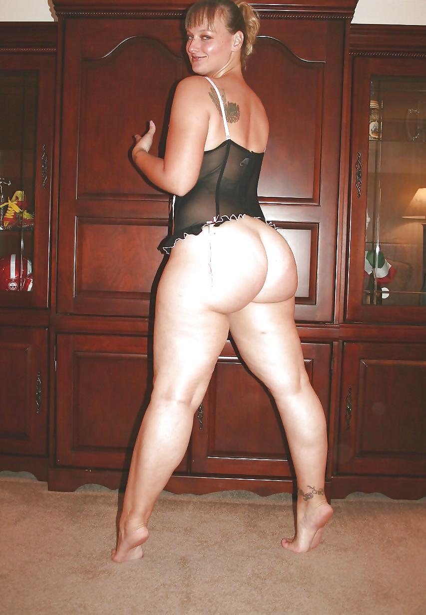 nude Pics moms of