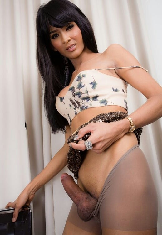 Hook Up With A Ladyboy In Bangkok