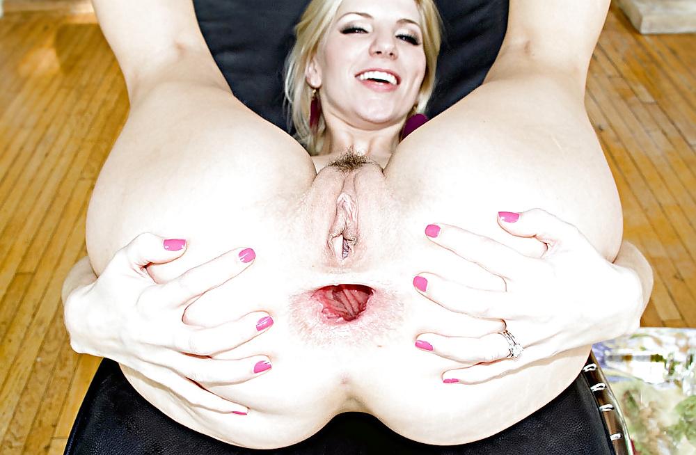 Amateur Mix Female Buttholes Pervmom 1