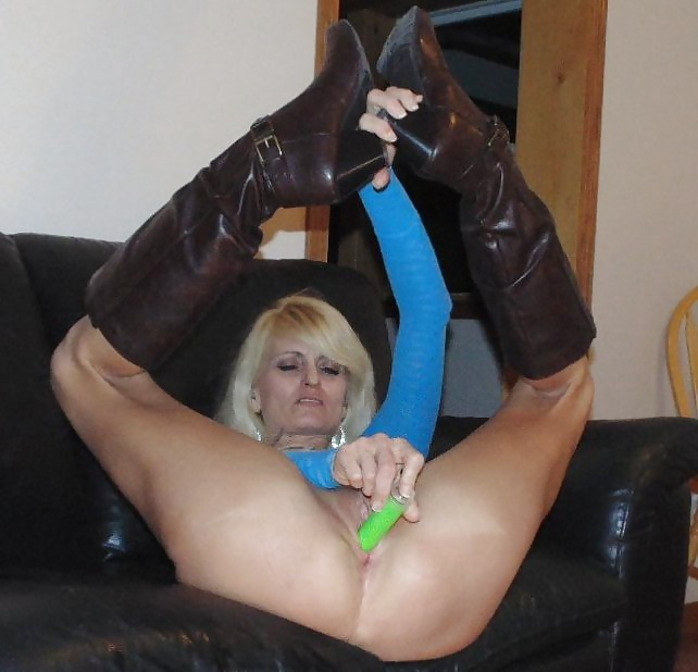 See And Save As Slim Mature Blonde Wife Mom Slut Blowjobs -3716