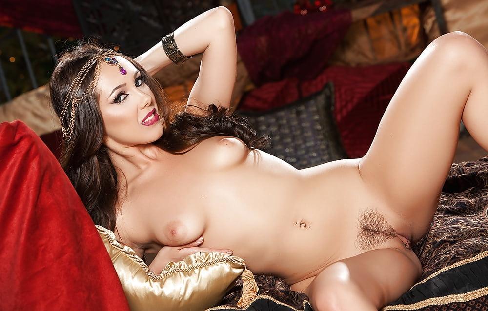 wet-pussy-jenna-valleys-nude-sex-clip