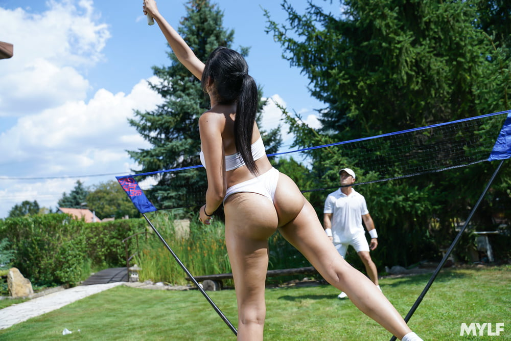 Katrina Moreno - Lower Body Assist - 199 Pics