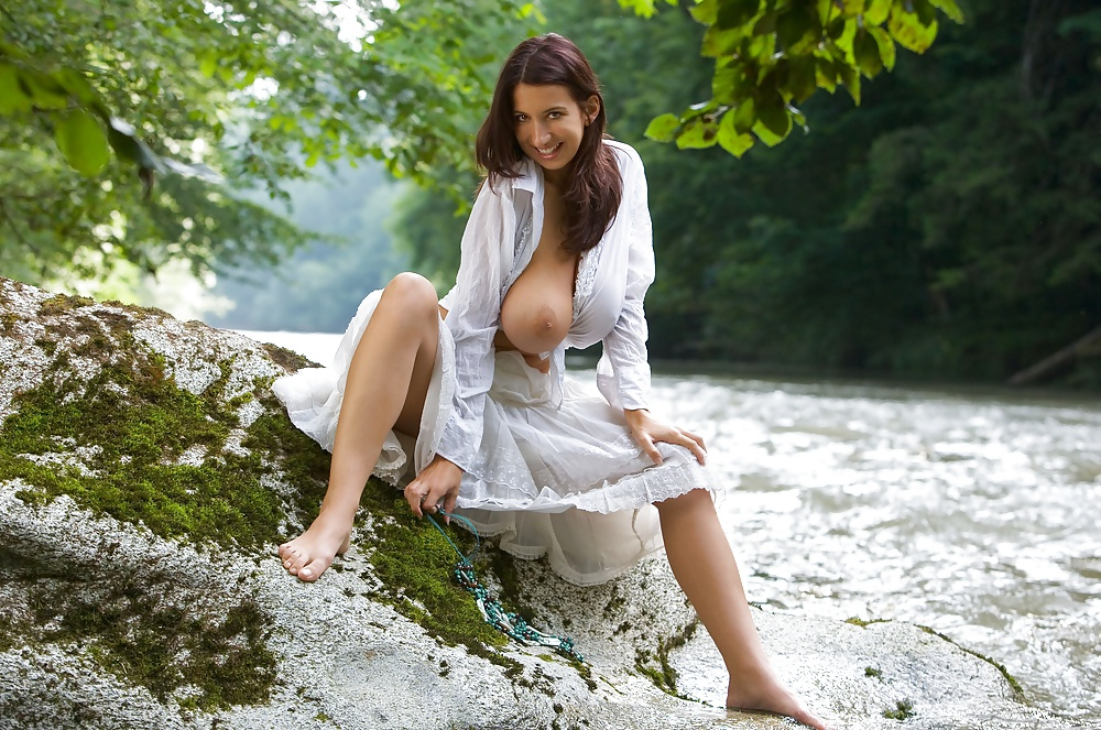Cassandra cruz naked