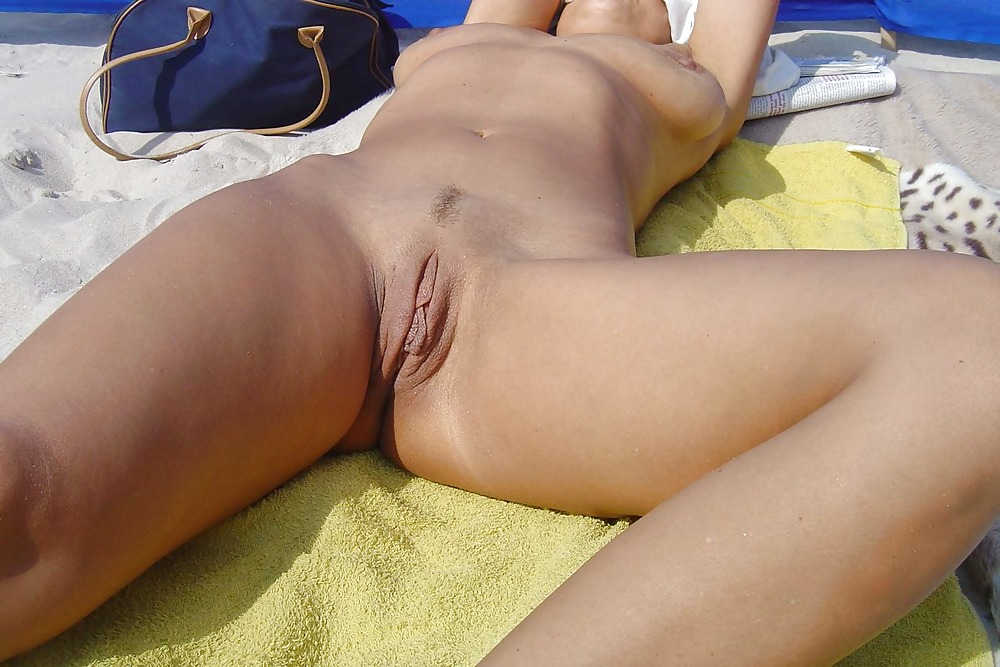 Naked shaved vagina outside, woods nude fuck