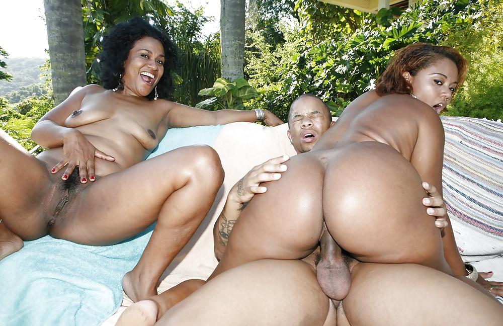 Ebony ass bbc threesome
