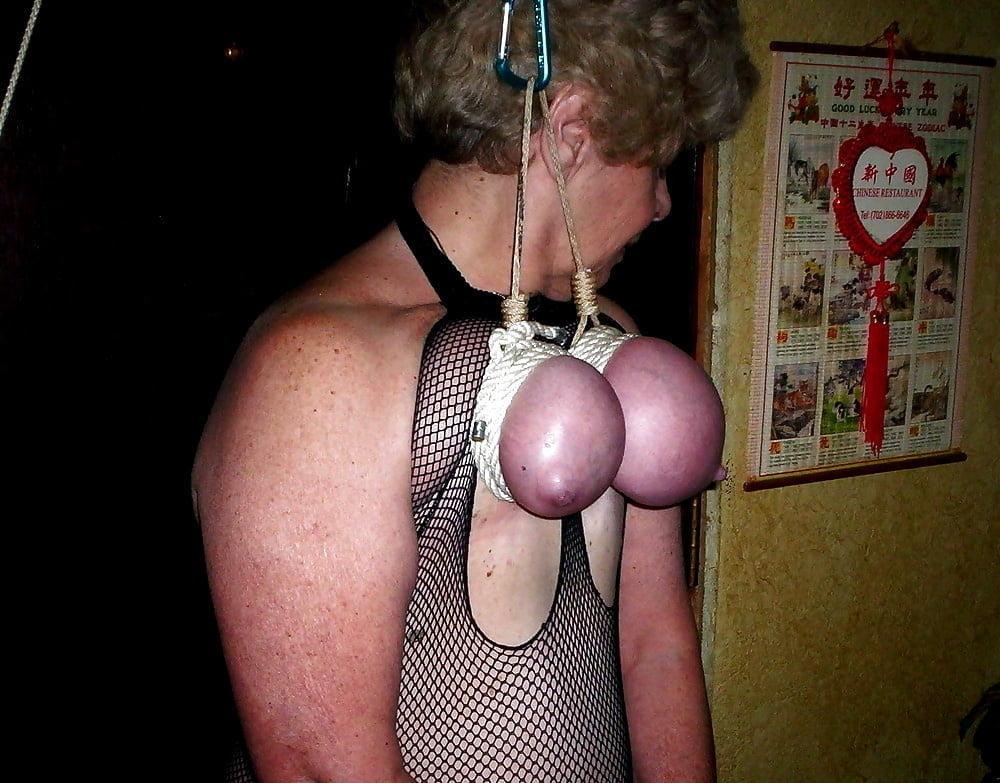 podveshivanie-za-grudi-foto-seks-monika-yakishich