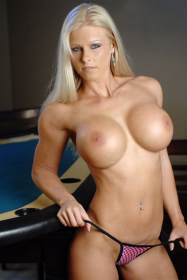 hot-busty-fit-nude-amatuer-girls-having-sex-at-a-party