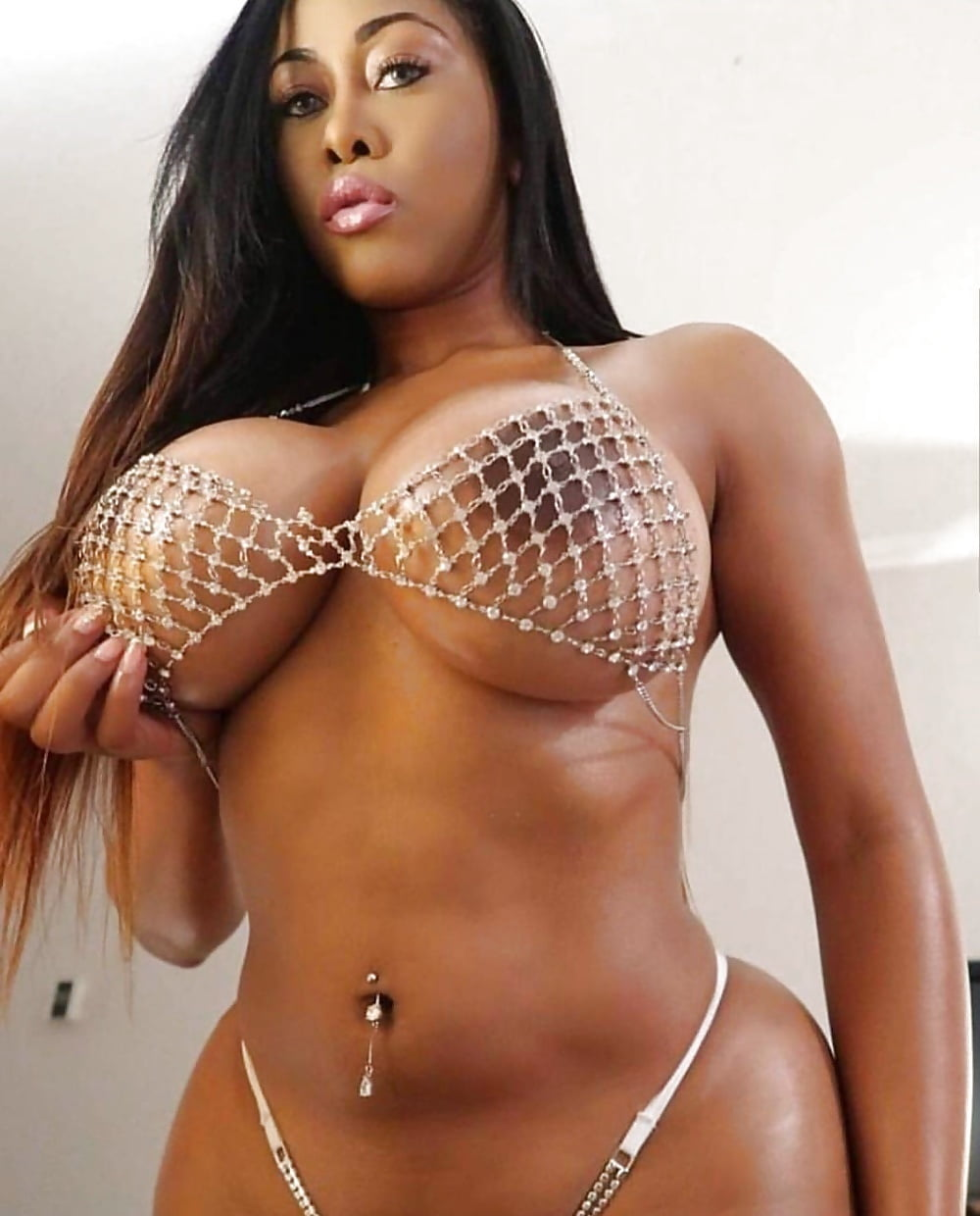 Big black boobs, huge ebony tits, busty black girls