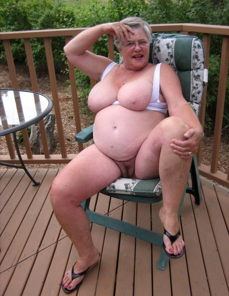 Oma nacktbilder Oma Geil