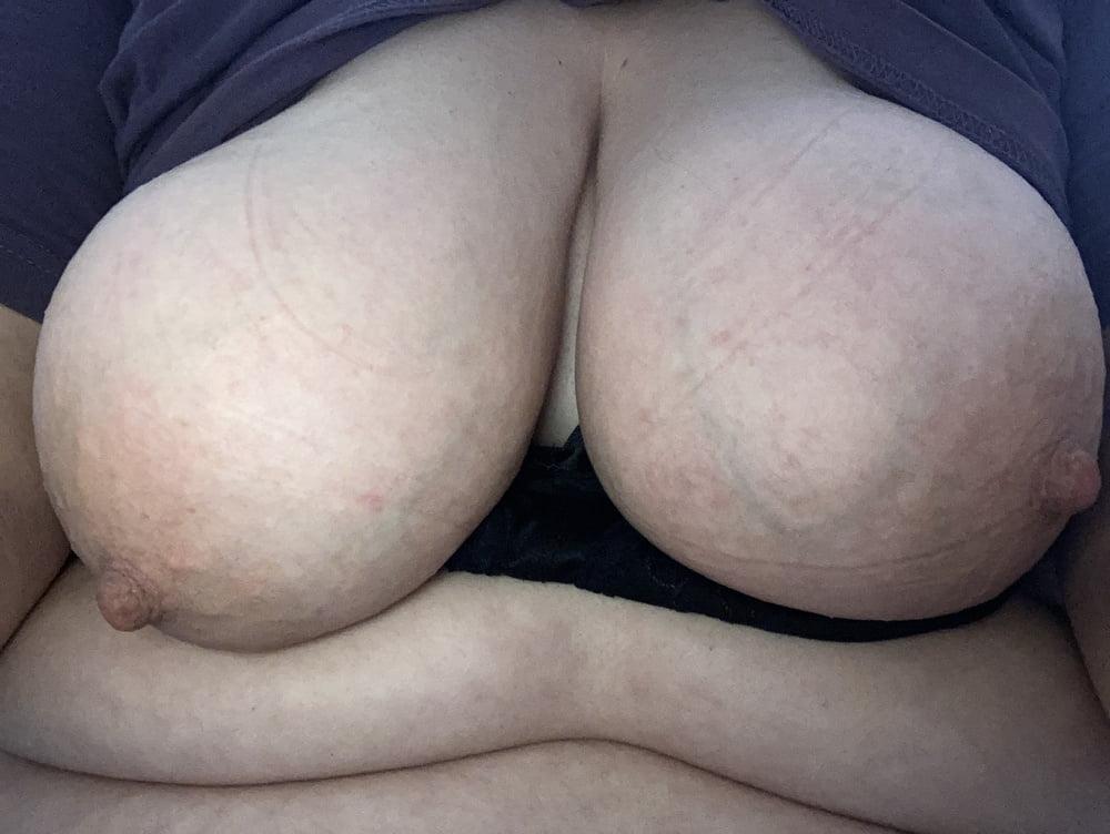 Boobies - 13 Pics