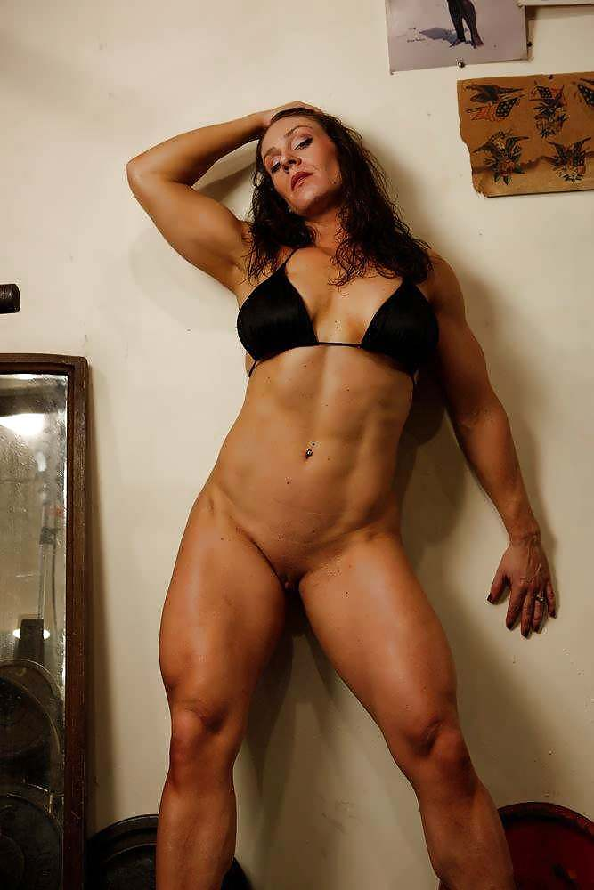 vids-free-hairy-female-bodybuilders-nude-squatting