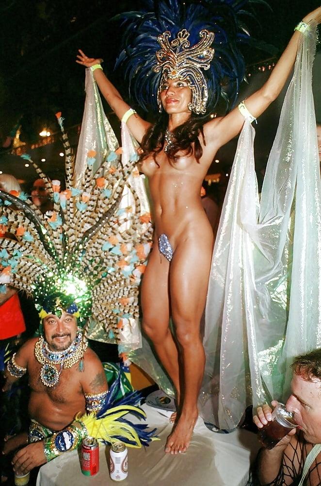 Naked carnival girls