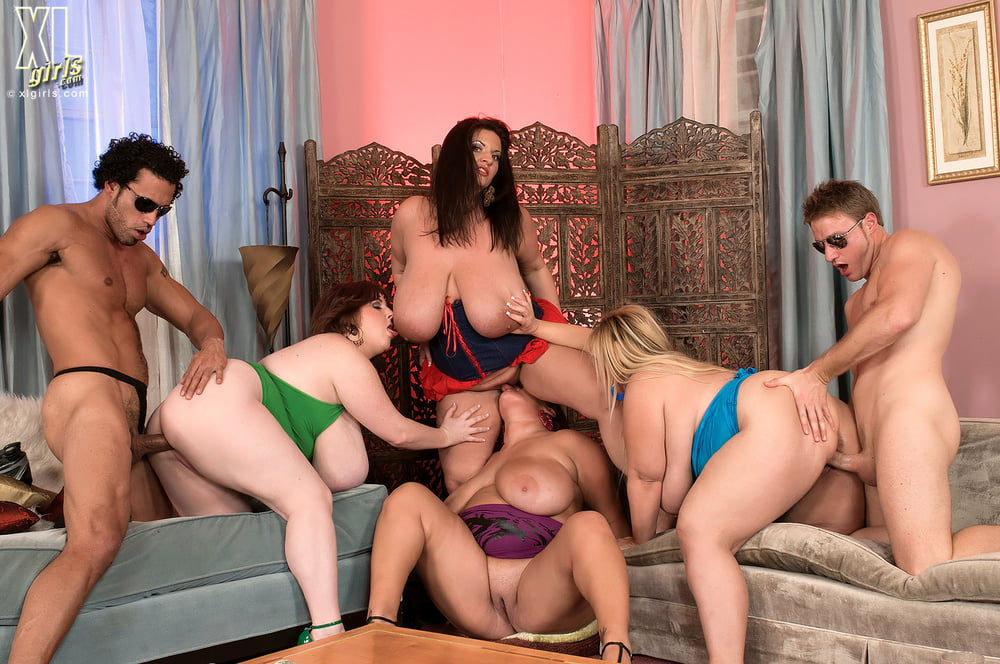 naked-bbw-sex-in-party