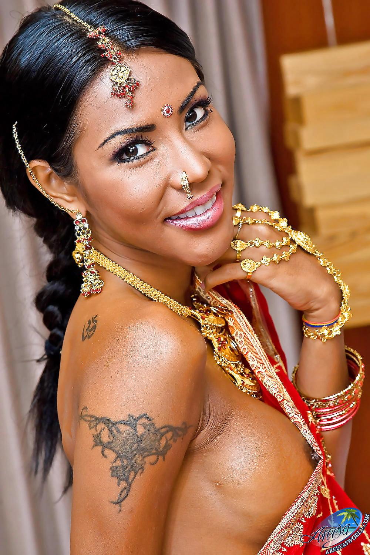 transvestita-indianka-foto-russkiy-anal-seks