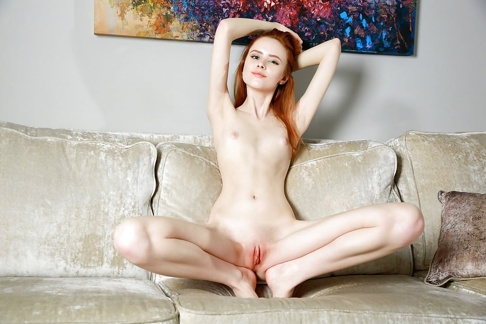 Nude redhead women legs spread — pic 5