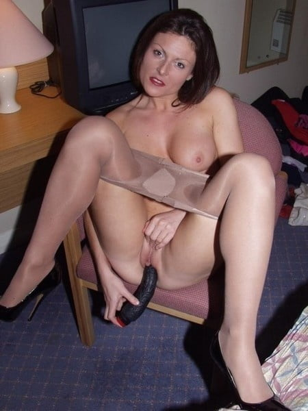 naked redhead amateur