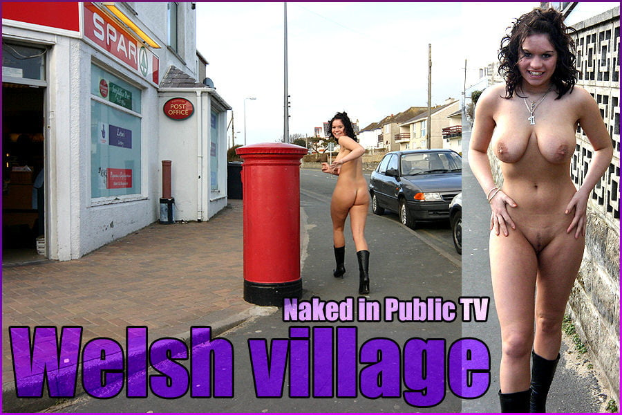 Welsh milf gets naked and fingers her pussy in a moving car uk girls live here