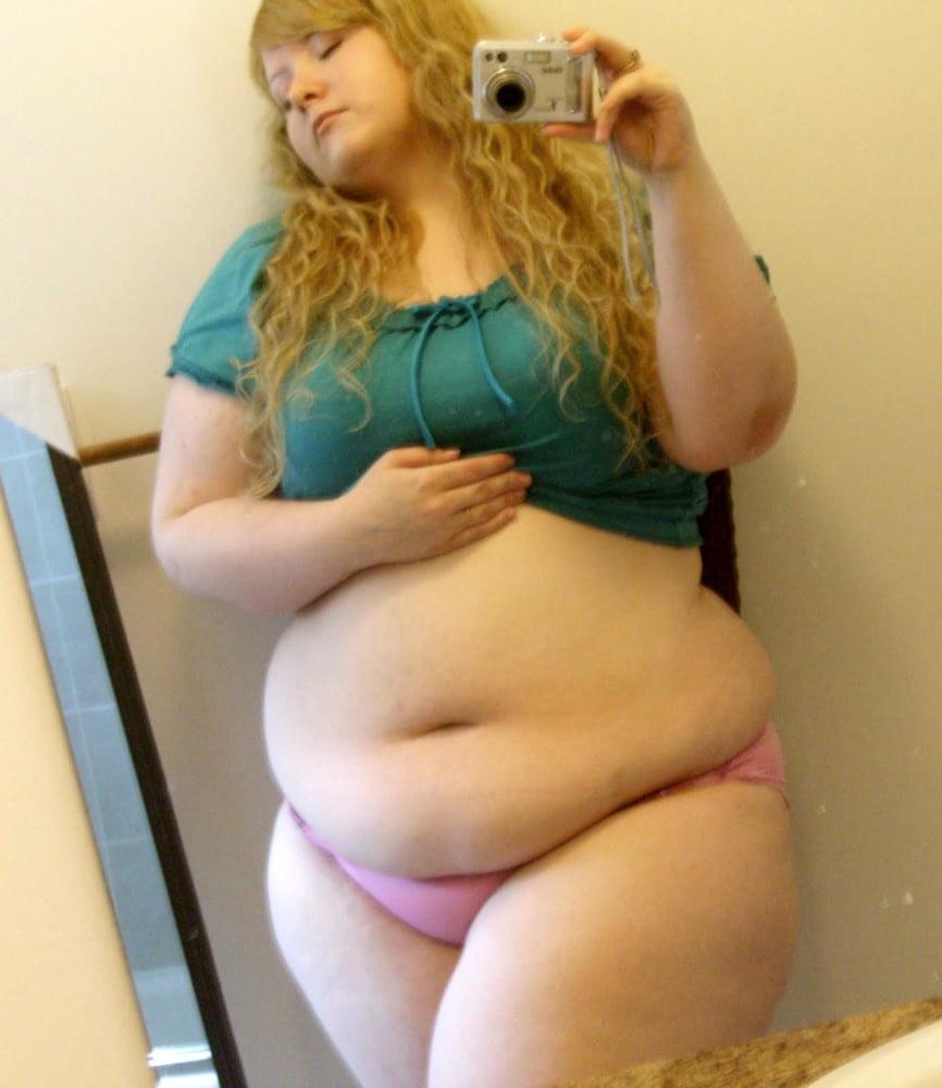 Жирная девушка кончает — photo 15