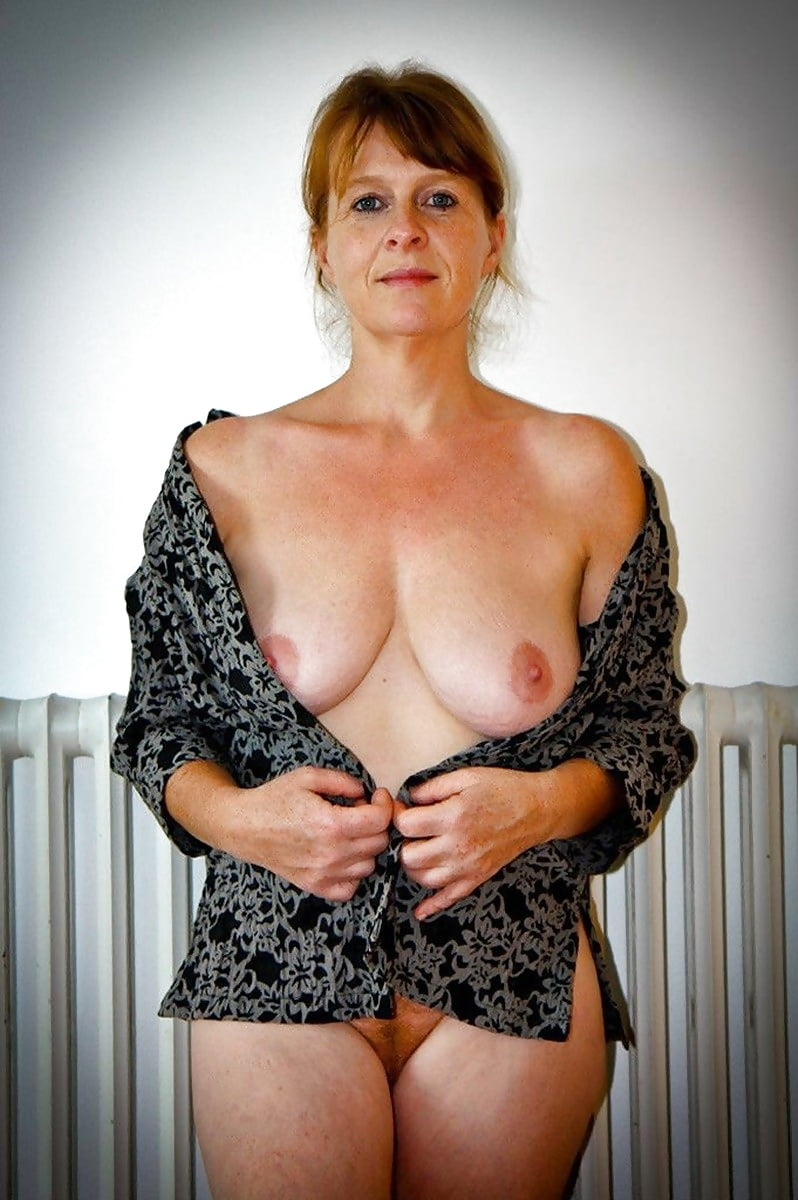 mature-woman-igy