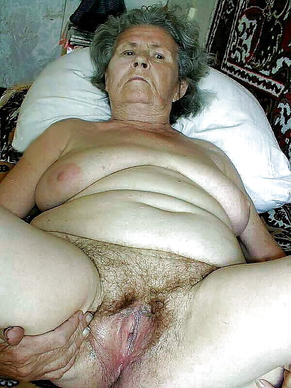 Old Black Granny Gets Fucked