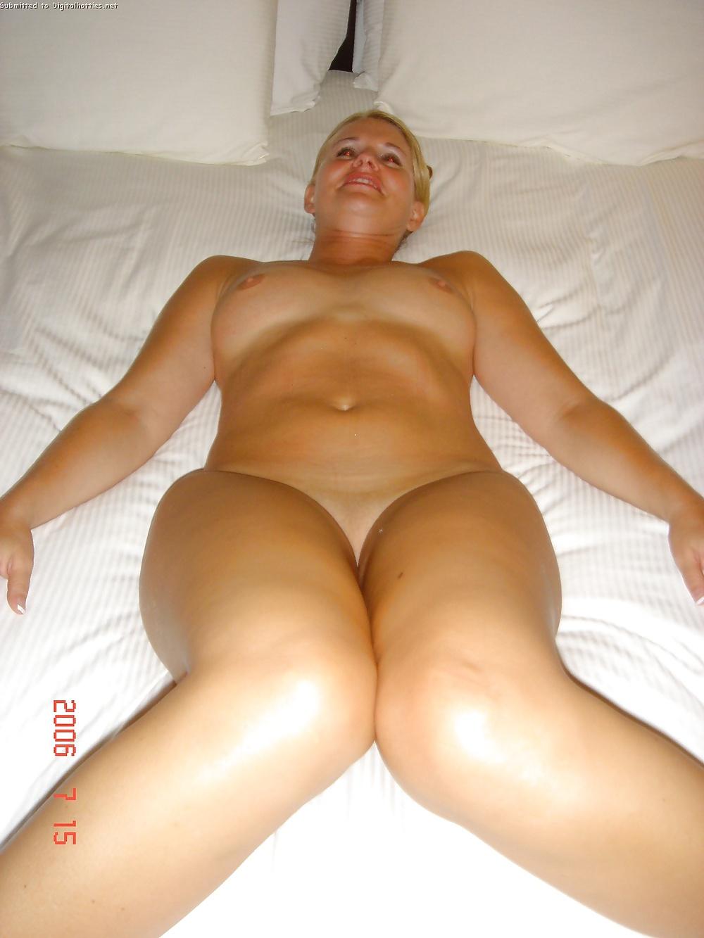 naked-honeymoon-pics-amateur