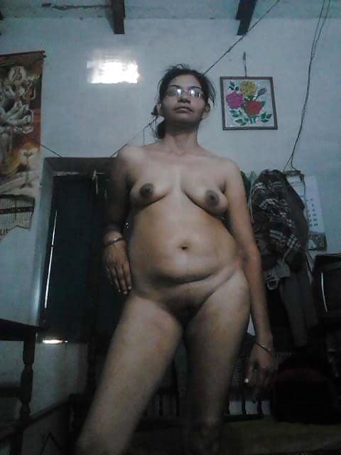 Warm Indian Hot Nude Aunty Jpg