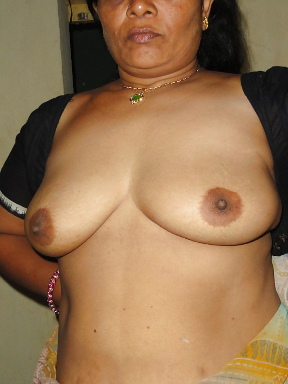 Mature hot indian aunty naked